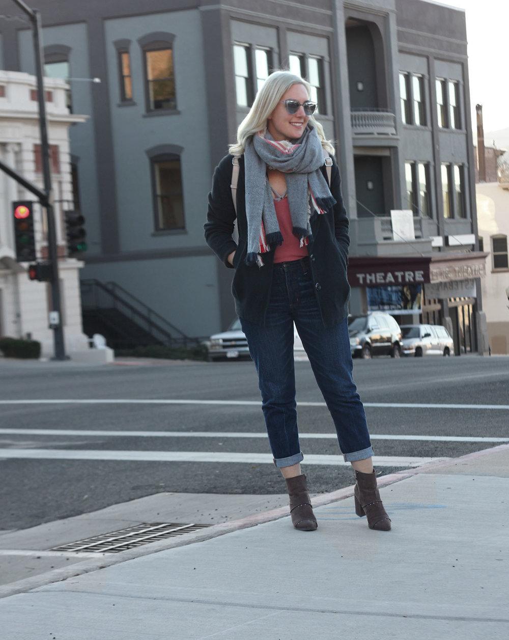 American Eagle jeans Faith in Style 6.jpg