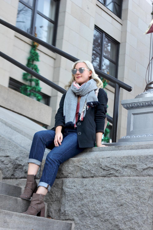 American Eagle jeans Faith in Style 3.jpg