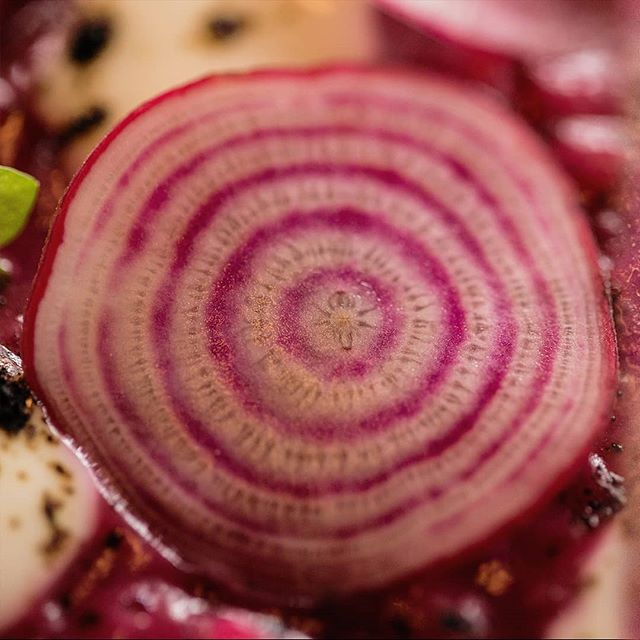 Bet you've never seen beetroot like this. Swipe right for the zoom. 😲