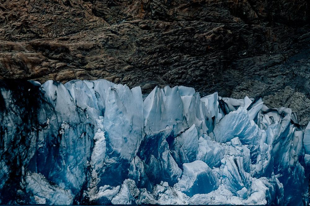 A close up of the glacier.