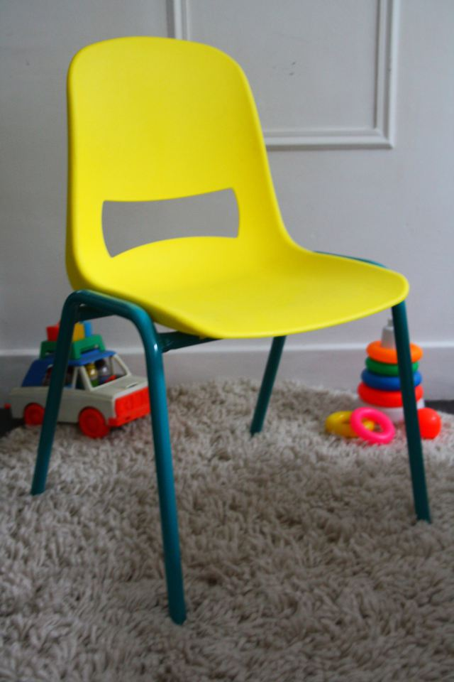 chaises-kokette-rouge-garden-004.jpg