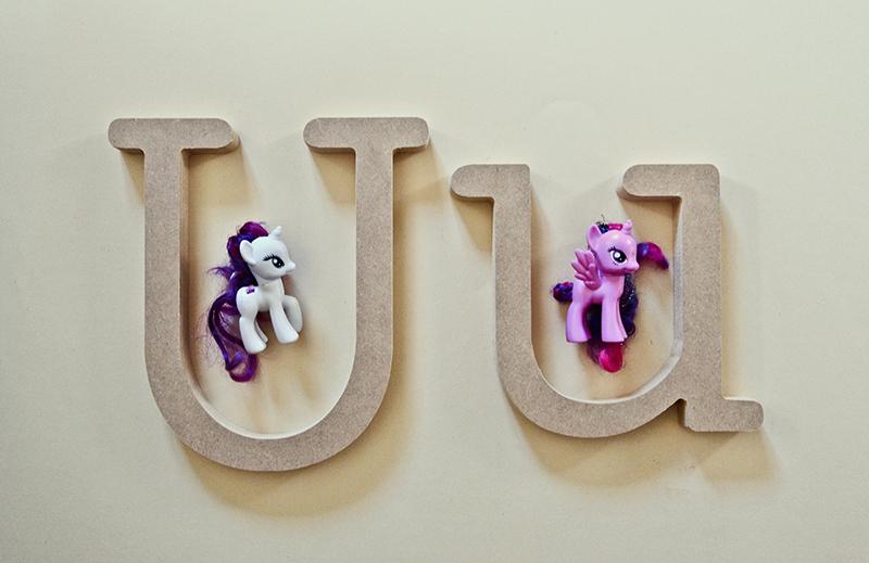 U_UNICORN_ENGlow.jpg