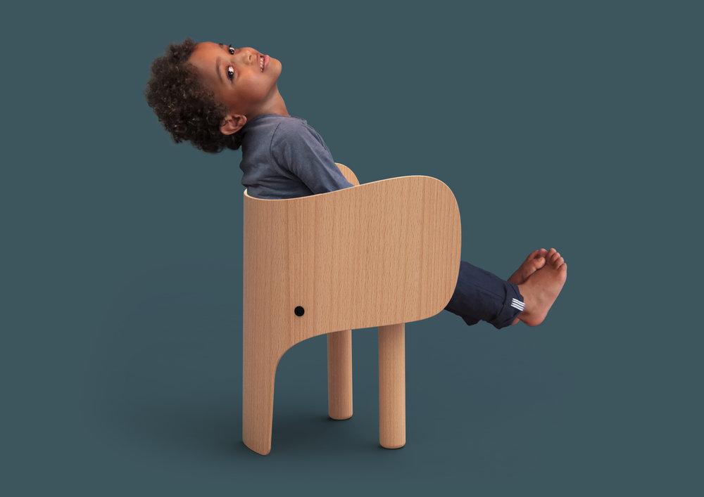 Elephant chair_child 01.jpg