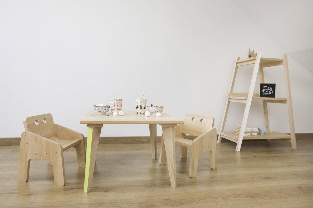 Table-basse-fauteuil-etagere-pauletteetsacha.jpg