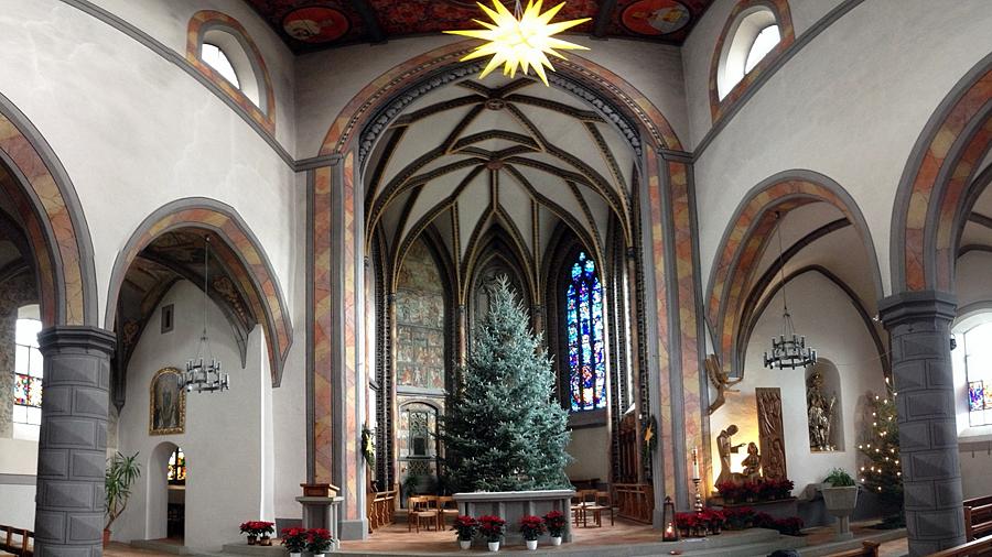 christmas tree @ St. Nicholas (c) mark somple 2014