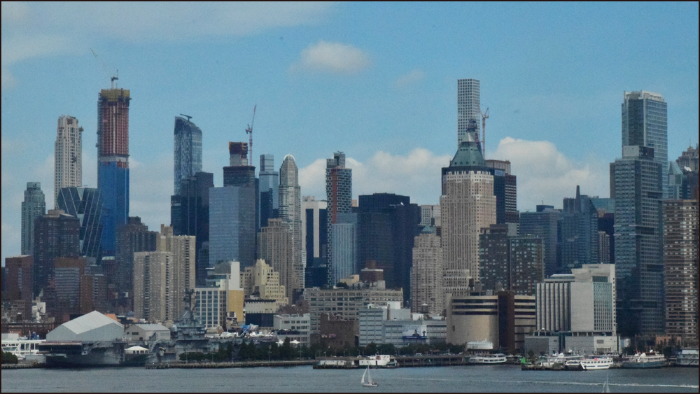 just a nice skyline image before going into the lincoln tunnel (c) mark somple 2018