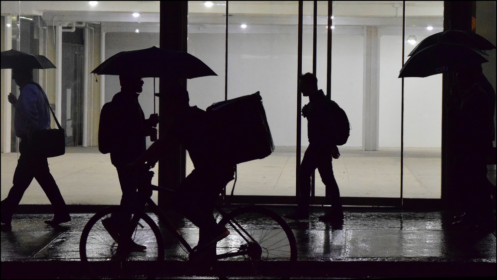 just a photo of a moment during a rainy walk in the city (c) mark somple 2018