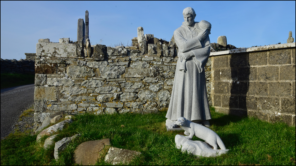 macreehy - i guess he was known for banishing eels and sea otters who were raiding the cemetary for bones in the 6th century (c) mark somple 2018