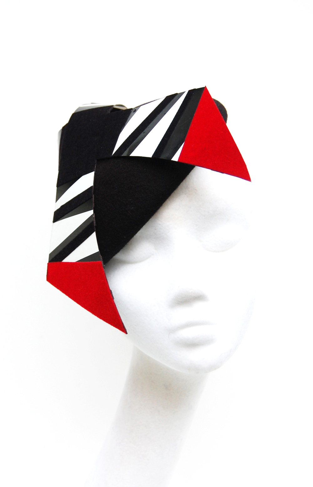 Black Felt Beret perspects detail.jpg