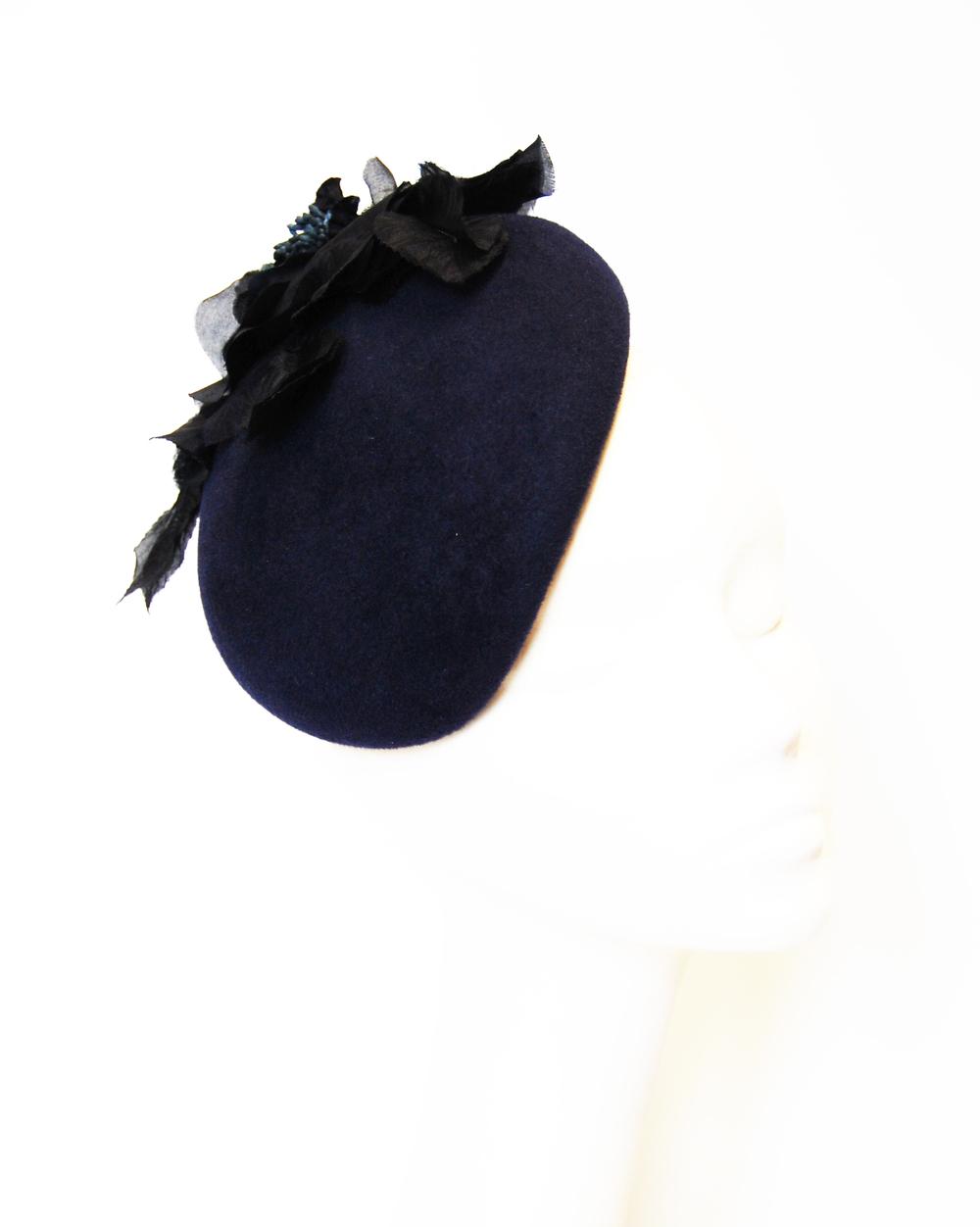 felt navy beret.jpg