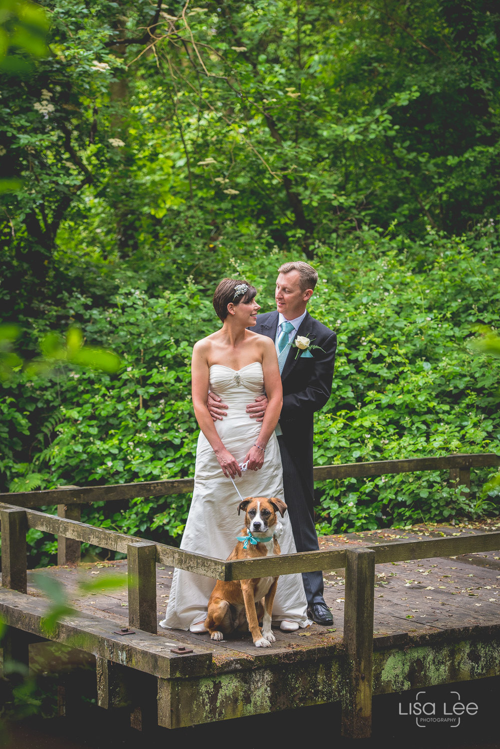 Dave&Vicky-Dorset-Wedding-Steamer-Point-4.jpg
