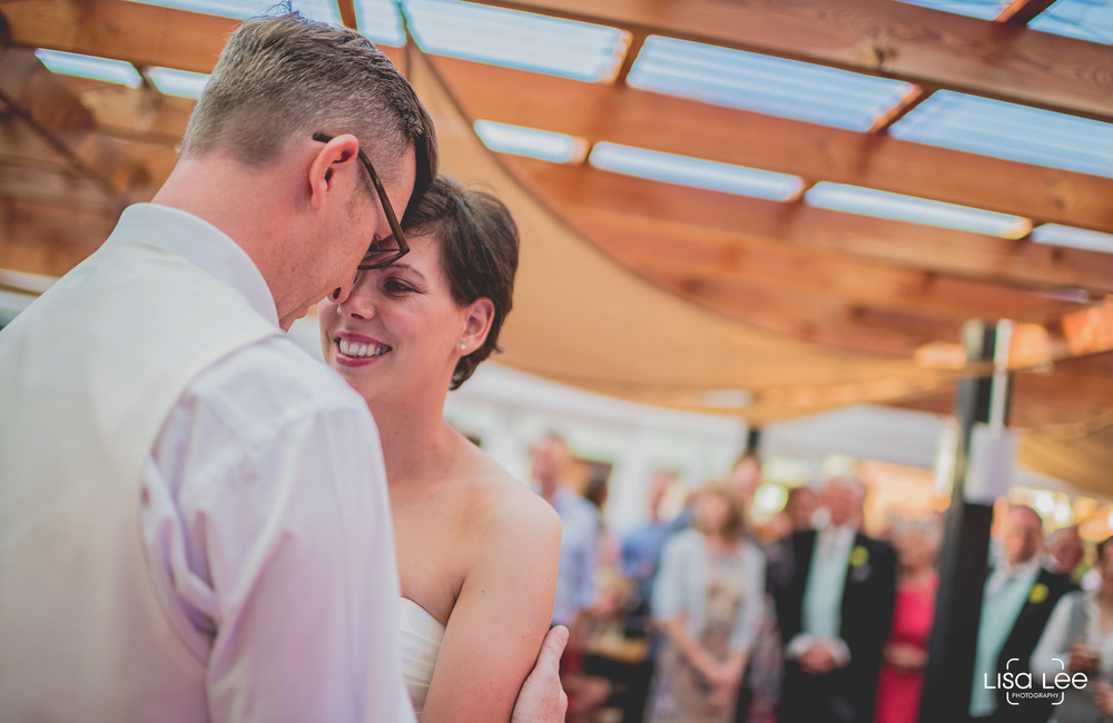 lisa-lee-wedding-photography-burton-dancing.jpg