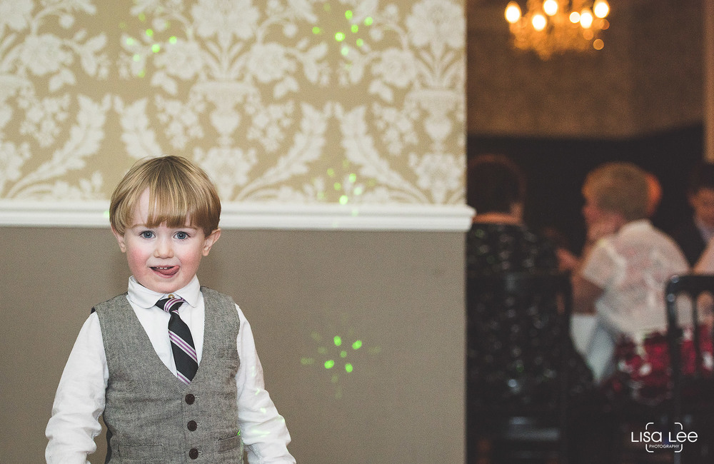 lisa-lee-wedding-photography-new-forest-dorset-boy.jpg