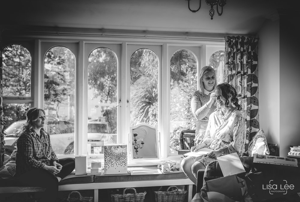 Lisa-Lee-Documentary-Wedding-Photography-Bournemouth-6.jpg