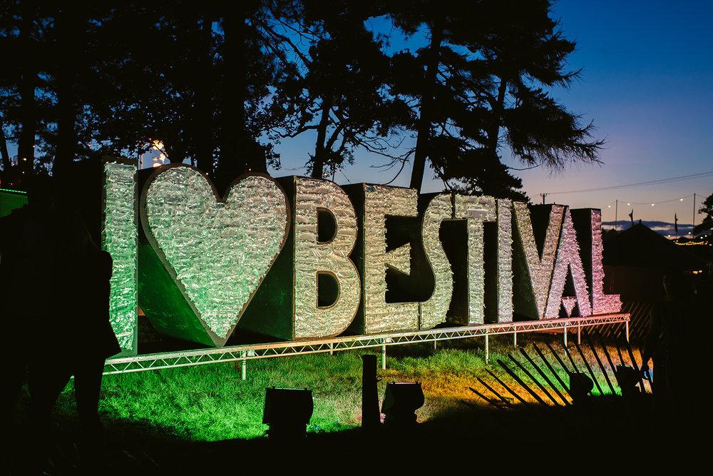 commercial-lifestyle-photography-festival-medical-festimed-lulworth-castle-21.jpg