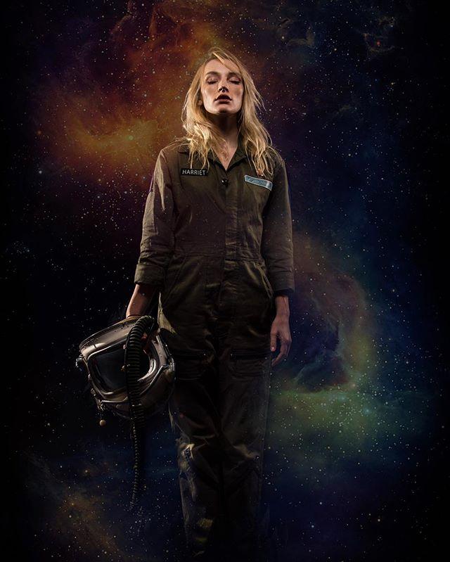 Exploring the cosmos with @olivia_harriet 👩🏻🚀🚀✨ #albumart #photoshoot #portraitgames #spacegirl #astronaut