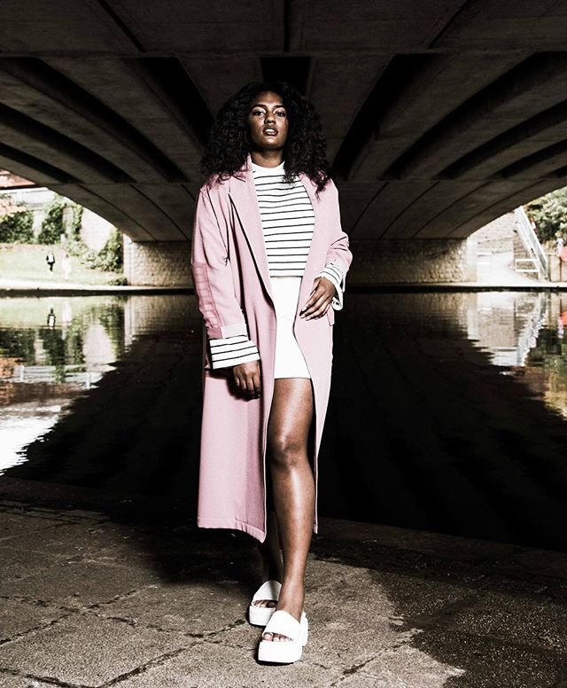 Water Under The Bridge w/ @cheyennejoseph  #fashion #photoshoot #portraitgames  Outfit: @topshop  Makeup: @maccosmetics