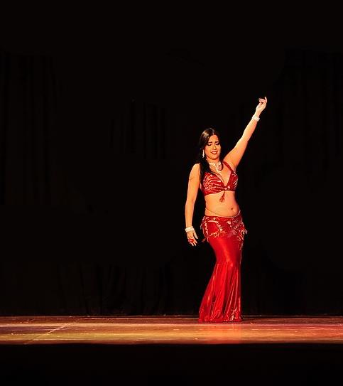 Amara Sayid performing in Bonn, Germany for Aladin's Oriental Festival
