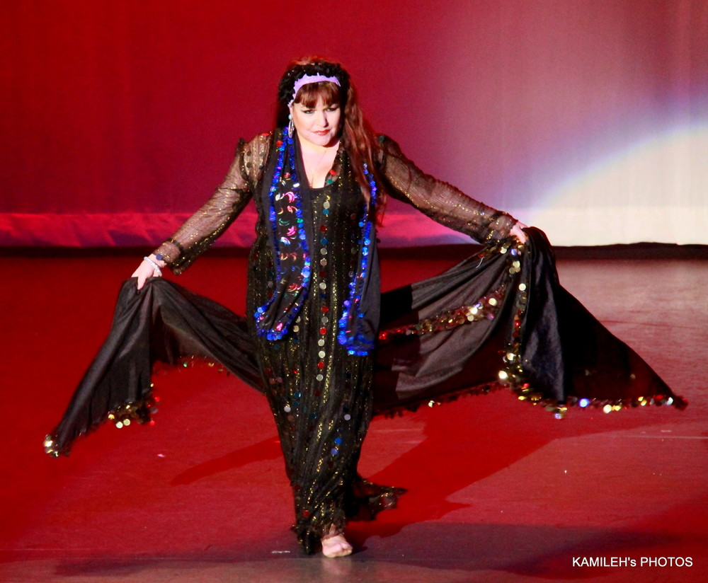 Jihan Jamal performs Meleya at Arabian Dreams
