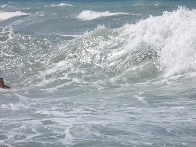 Bojíš se vln. Bojíš se o život