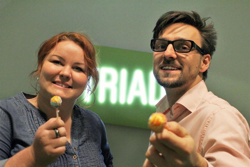 S Petrou Jankovičovou v sídle českéagentury Triad. Ředitelka reklamky ráda za odměnu rozdává lízátka
