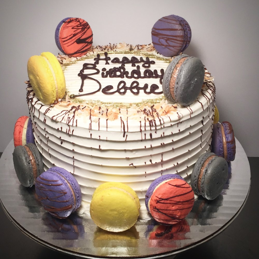 Macaron Swirl Cake