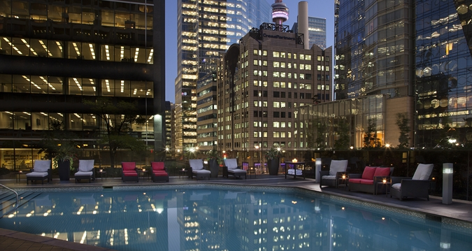 HH_poolnight_24_675x359_FitToBoxSmallDimension_LowerCenter.jpg