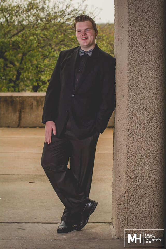 St. Louis Senior Photos - Henson Creative-2.jpg