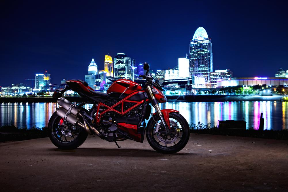 Dave-Ducati-01.jpg