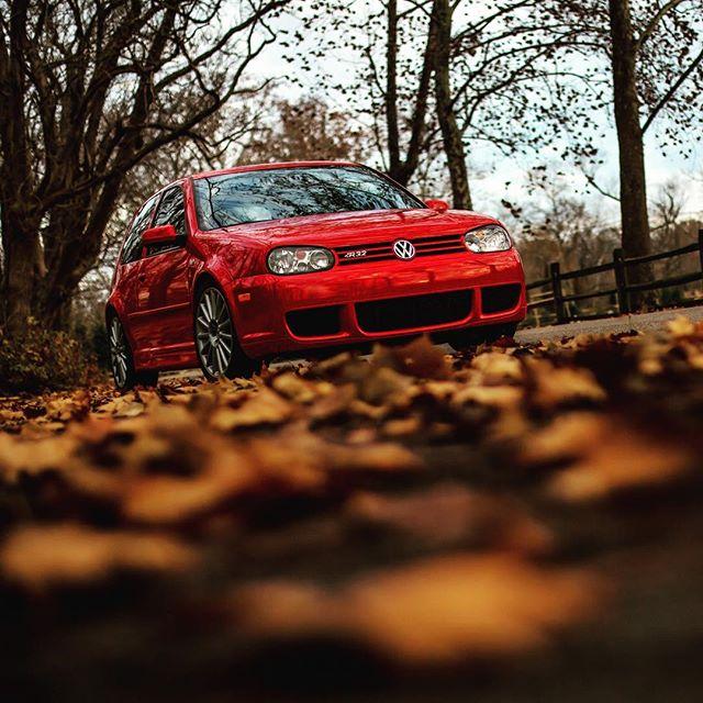 Instagram makes you perfect #volkswagen #r32golf #mkiv #ecstuning #awd #cincinnati #automotive #photography #itsthattime
