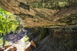 Boulder at Niagara Glen
