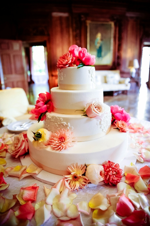 Peterloon Wedding Cake with Flowers