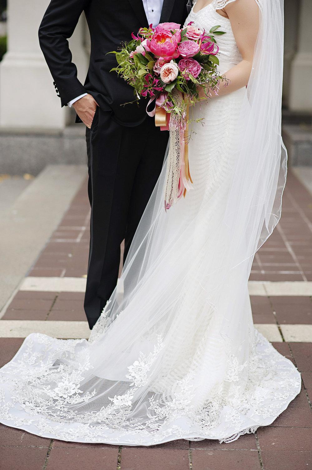 Cincinnati Wedding Flowers - Hilton Netherland Plaza, Courtenay Lambert Florals, Kortnee Kate Photography