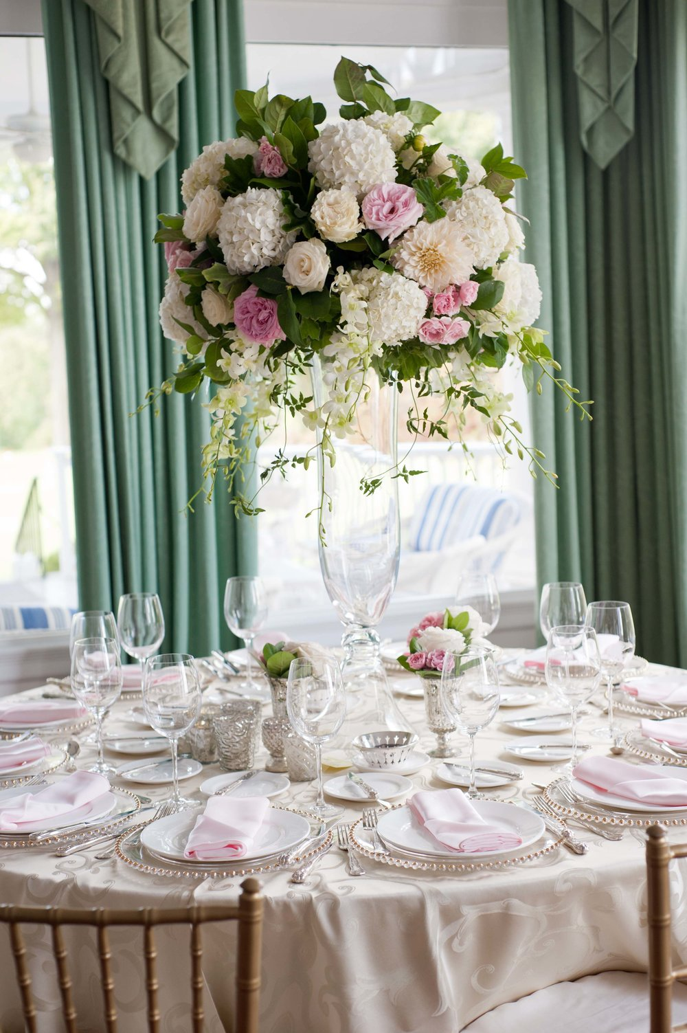 Cincinnati Wedding Flowers, Courtenay Lambert Floral & Event Design, Cincinnati Florists, Cincinnati Country Club
