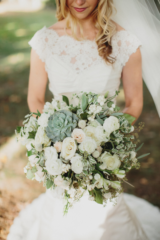 Cincinnati Wedding Florist, Courtenay Lambert Florals - The Carrs Photography