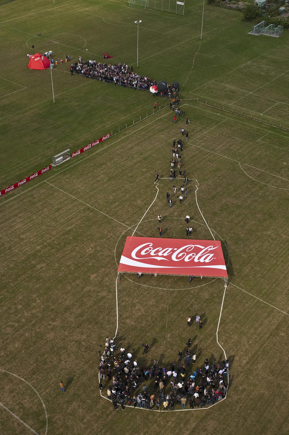 2009.073 Cola Flasche (4).jpg
