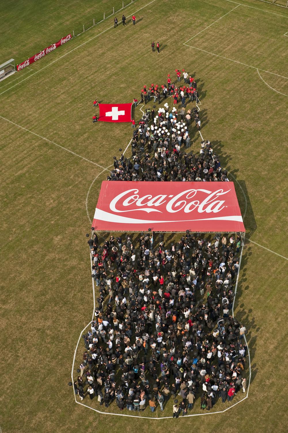 2009.073 Cola Flasche (6).jpg