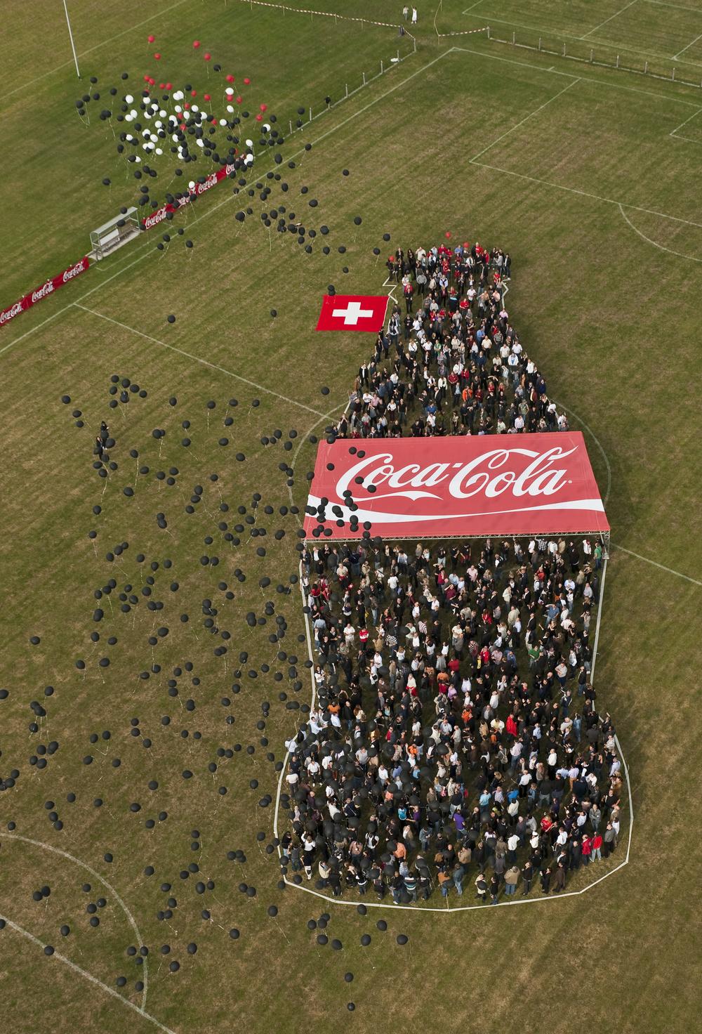 2009.073 Cola Flasche (11).jpg