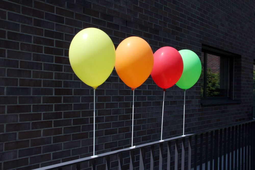 """Standhalter """"Larissa"""" als Standbefestigung für Ballonstäbe mit Cups. 20 Stk. 30.90 CHF 100 Stk. 139.00 CHF 500 Stk. 589.00 CHF 1'000 Stk. 1'059.00 CHF"""