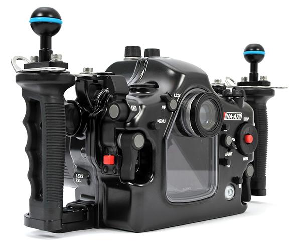 Standard 0.66x viewfinder, standardon NA-A7II.