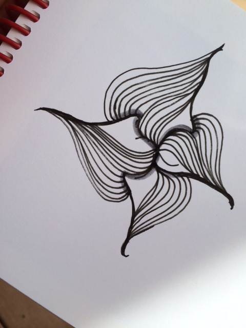 Just as i'd never planned on writing a book... I never thought i'd make a tangle pattern! But here it is! I wasn't inspired by anything, as many designs are. I just played this one into existence. I named it for my grandson, Lukas. I'm calling it Lupty Lu and Lupty Lite, for the simpler version.