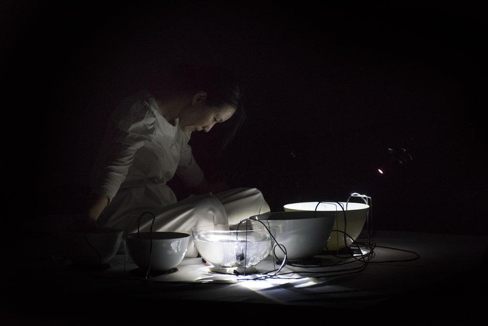 Tomoko Sauvage  Musique Hydromantique   Photo :     Full of Noises - Stephen Harvey