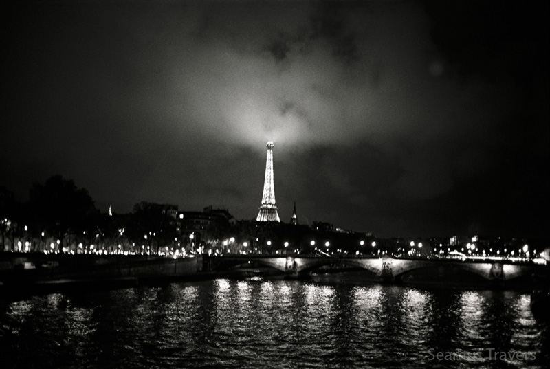 Cant go to Paris without the ultimate clichephoto.