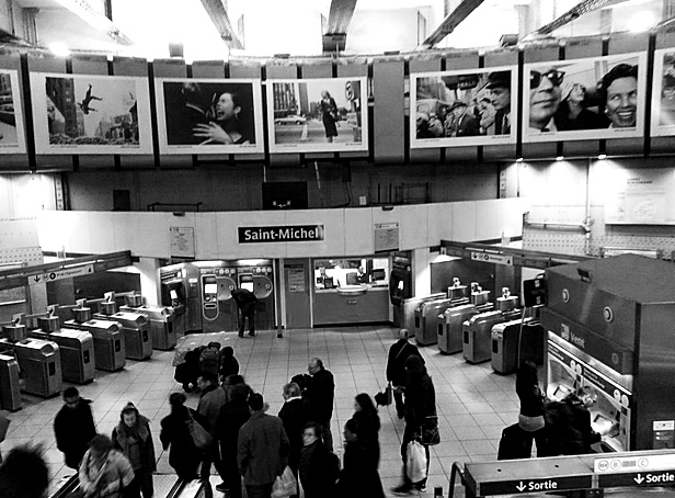 At the Saint Michel metro station there was a free open air Gary Winogrand exhibition. Only in France.