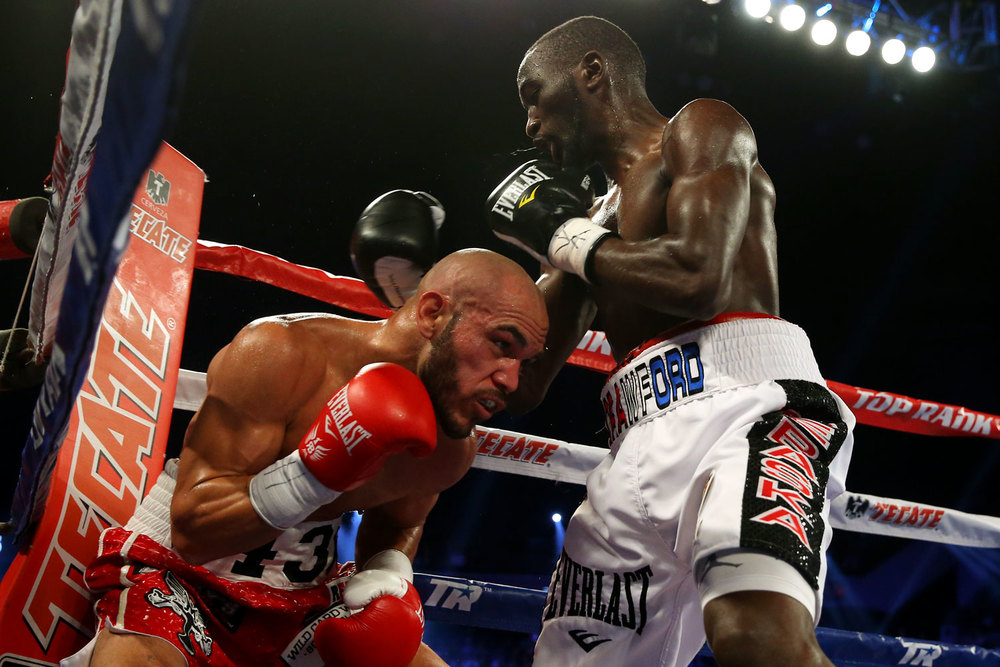 crawford-vs-beltran-05.jpg