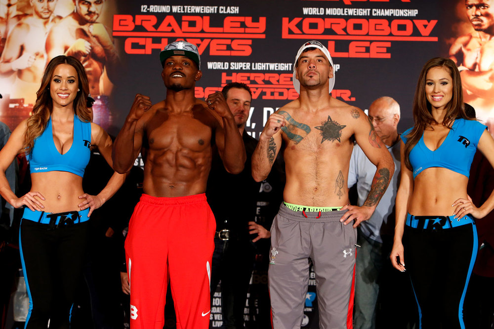 bradley-jr-vs-chaves-weighin_02.jpg