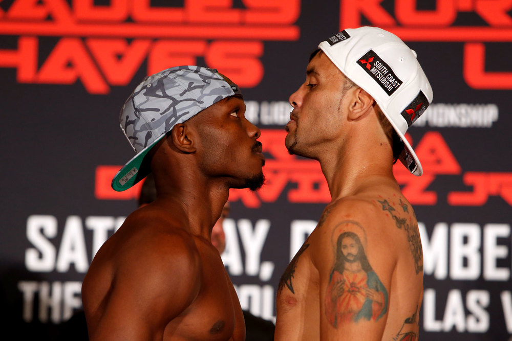 bradley-jr-vs-chaves-weighin_05.jpg