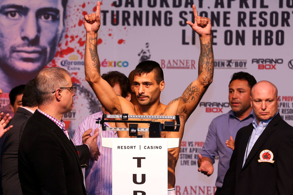 matthysse-vs-provodnikov-weighin-slideshow-01.jpg