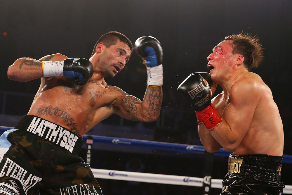 150418-matthysse-vs-provodnikov-slideshow-02.jpg
