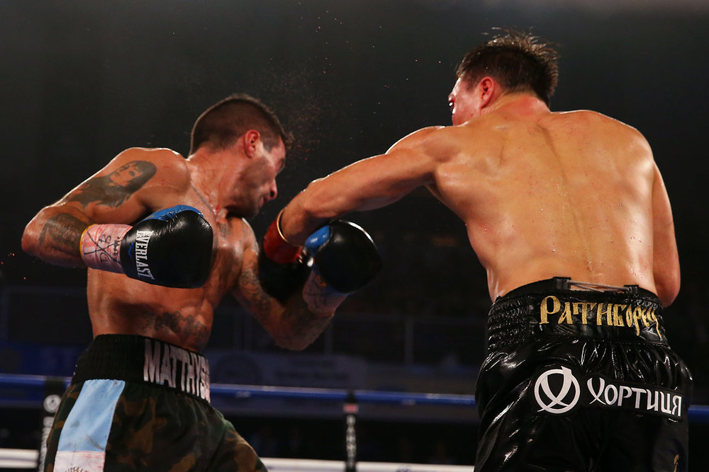 150418-matthysse-vs-provodnikov-slideshow-05.jpg